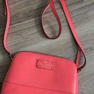 Authentic Kate Spade crossbody EUC